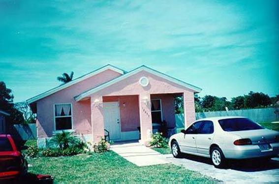 Рис. 2 — Майями, Флорида, Площадка коррозии