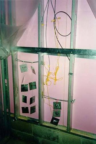 Рис.10 – Образцы впадины стены и датчики на площадке в Хамильтоне, Онтарио